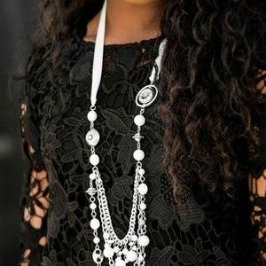 Multilayered ribbon necklace and earrings